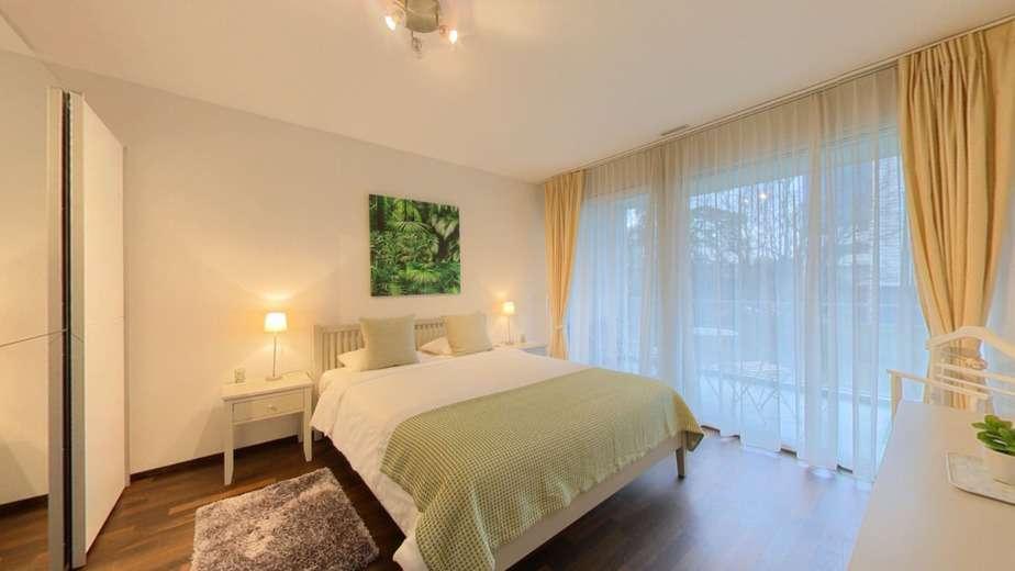 Bright 1 bedroom